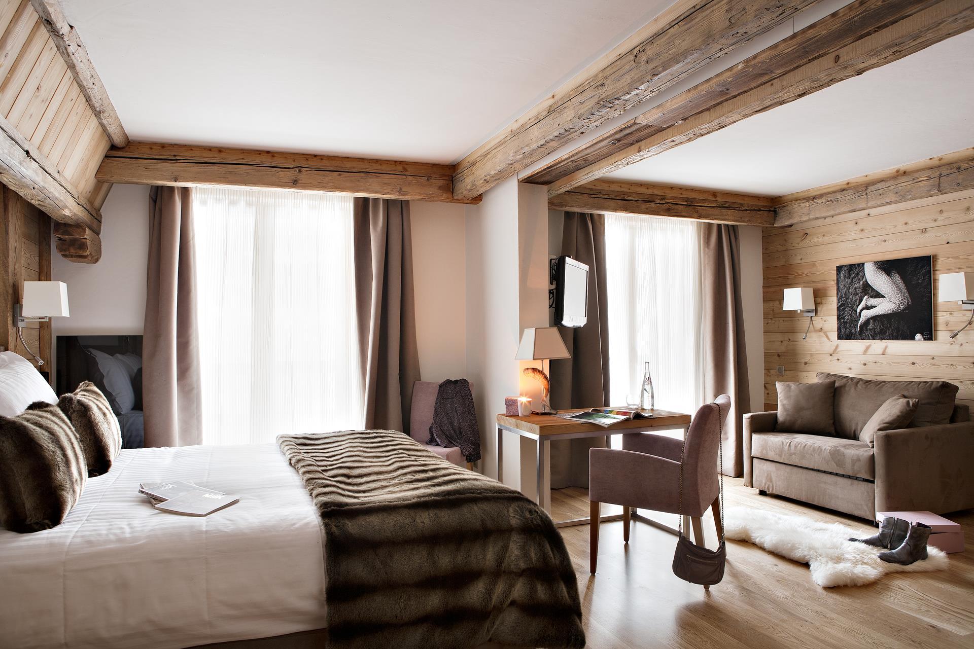 suite junior la clusaz hotel 5 etoiles la clusaz. Black Bedroom Furniture Sets. Home Design Ideas
